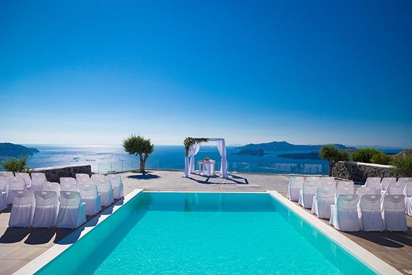 unforgettable-honeymoon-magical-luxury-villas-spa-santorini-island_01x