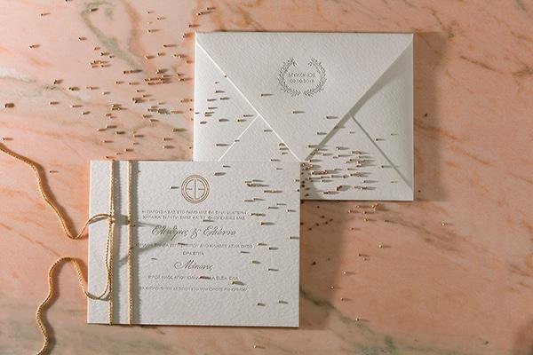 Ιδανικές προσκλήσεις γάμου από Type Center για έναν λαμπερό elegant γάμο