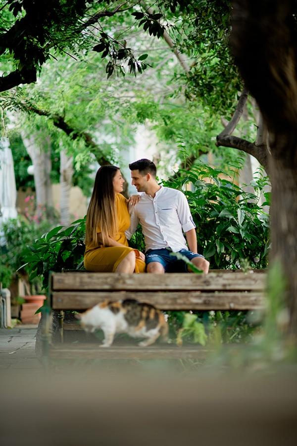 beautiful-engagement-shoot-plaka-athens-_03x