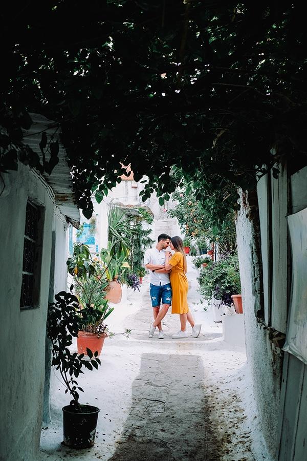 beautiful-engagement-shoot-plaka-athens-_12