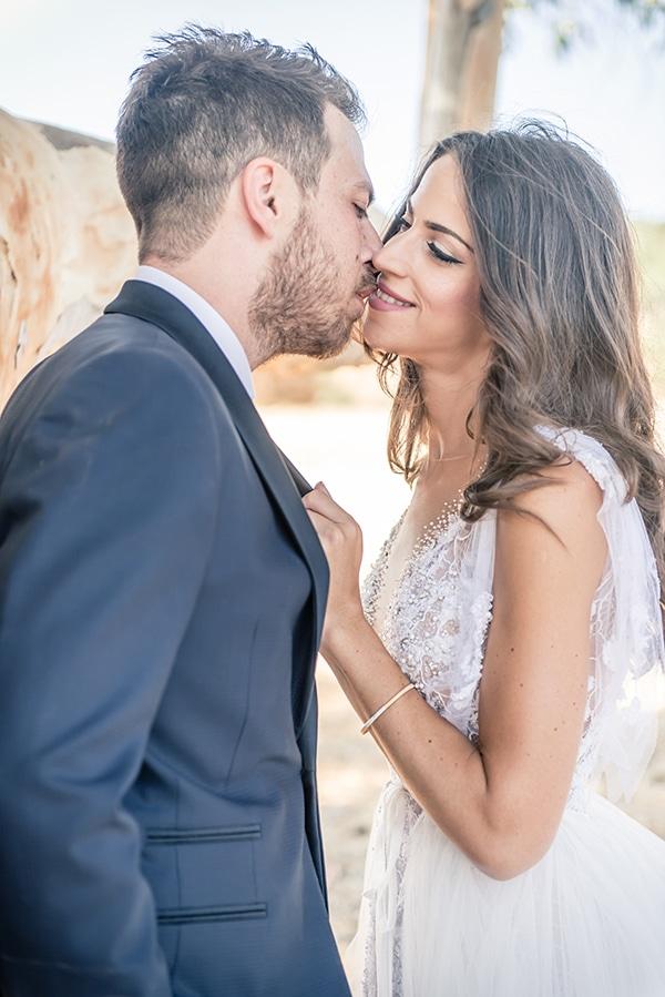 beautiful-summer-wedding-chania-crete-pampas-grass-burgundy-hues-_01x