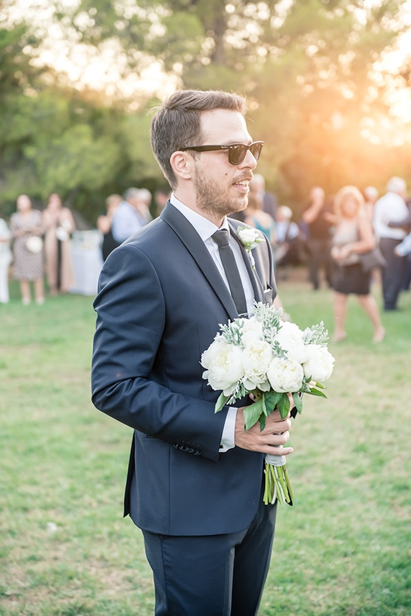 beautiful-summer-wedding-chania-crete-pampas-grass-burgundy-hues-_09