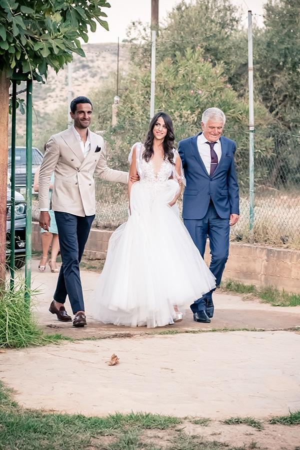 beautiful-summer-wedding-chania-crete-pampas-grass-burgundy-hues-_09x