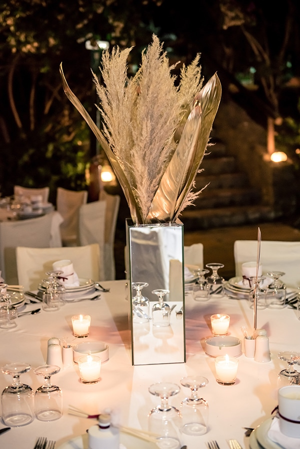 beautiful-summer-wedding-chania-crete-pampas-grass-burgundy-hues-_15