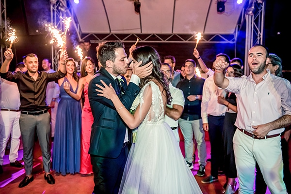 beautiful-summer-wedding-chania-crete-pampas-grass-burgundy-hues-_17