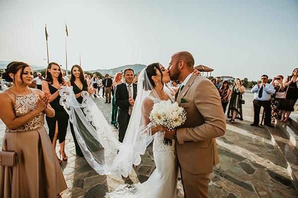beautiful-summer-wedding-white-roses_10