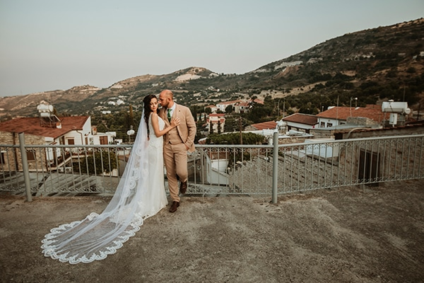 beautiful-summer-wedding-white-roses_14x