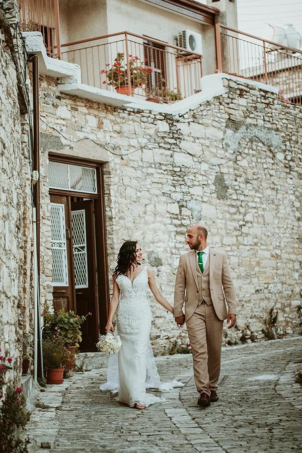 beautiful-summer-wedding-white-roses_17