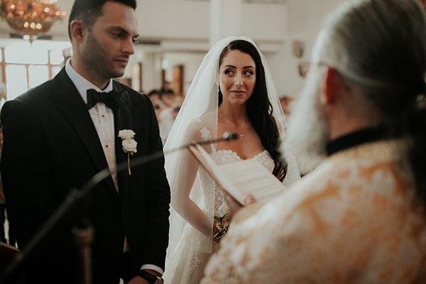 destination-wedding-fairy-lights-elegant-details-_11