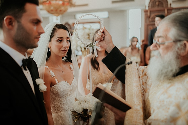 destination-wedding-fairy-lights-elegant-details-_12
