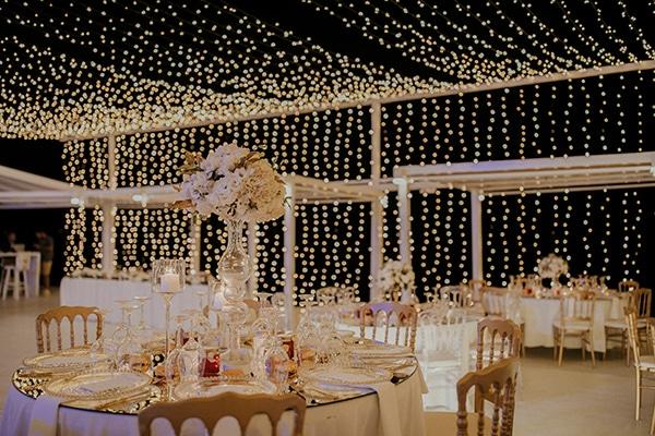 destination-wedding-fairy-lights-elegant-details-_17