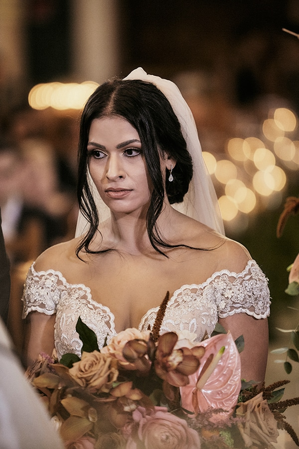fall-wedding-nicosia-lush-florals_14