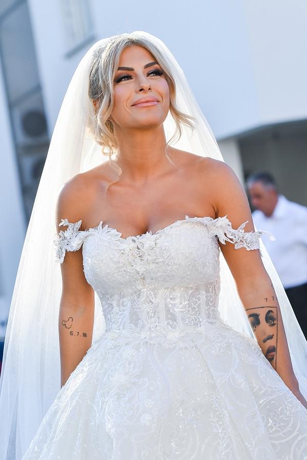 gatsby-summer-wedding-nicosia-fairylights-crystal-details_16x