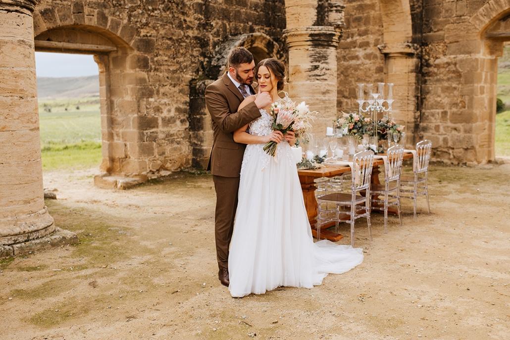 Ρομαντικό styled shoot με dried flowers και boho λεπτομέρειες