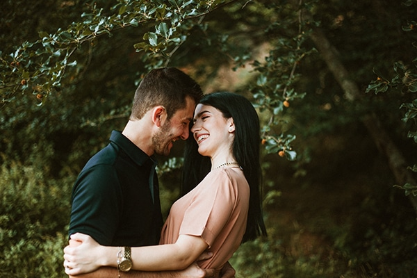 Ρομαντικό engagement shoot στη φύση │ Κατερίνα & Κώστας