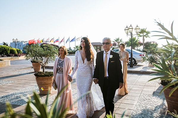 romantic-fall-wedding-paphos-pastel-hues-_12