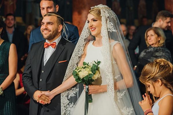 romantic-fall-wedding-rhodes-white-hues-elegant-gold-details--_20