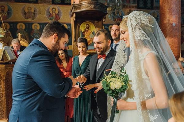 romantic-fall-wedding-rhodes-white-hues-elegant-gold-details--_22