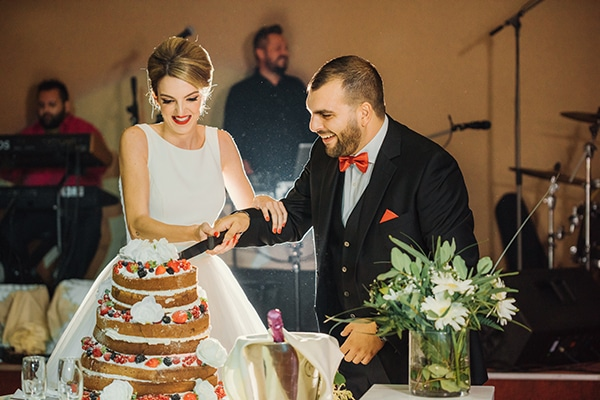 romantic-fall-wedding-rhodes-white-hues-elegant-gold-details--_28