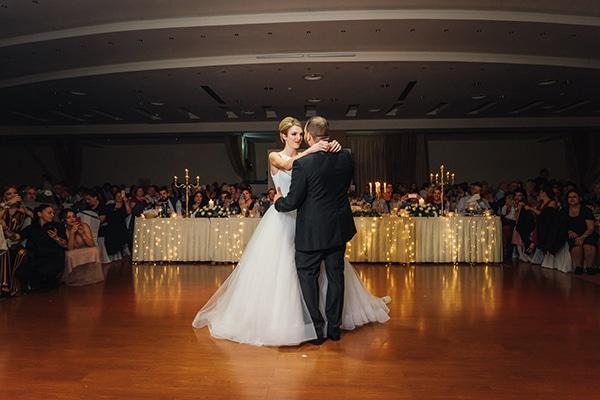 romantic-fall-wedding-rhodes-white-hues-elegant-gold-details--_30