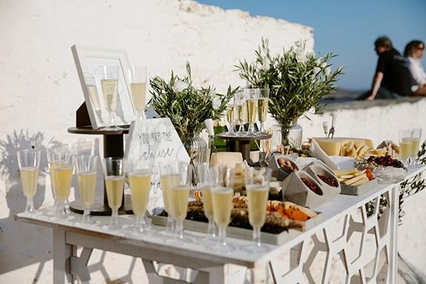 Champagne stand για στολισμό προαύλιου εκκλησίας
