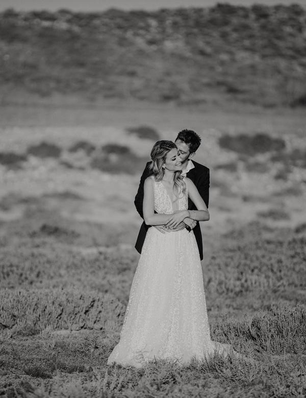 romantic-summer-wedding-larnaca-hydrangeas-dusty-pink-details-_02