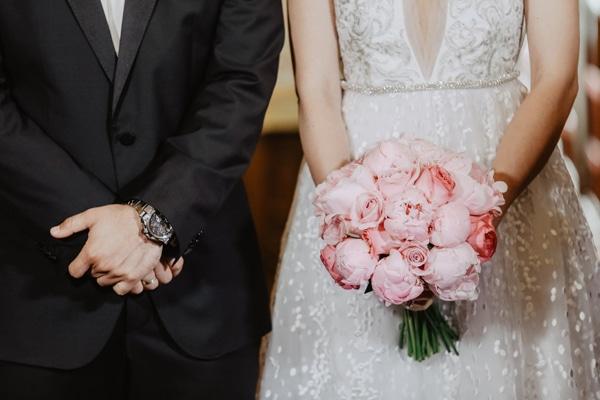 romantic-summer-wedding-larnaca-hydrangeas-dusty-pink-details-_13