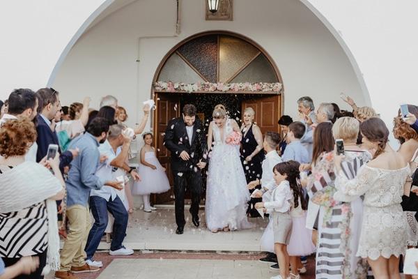 romantic-summer-wedding-larnaca-hydrangeas-dusty-pink-details-_15