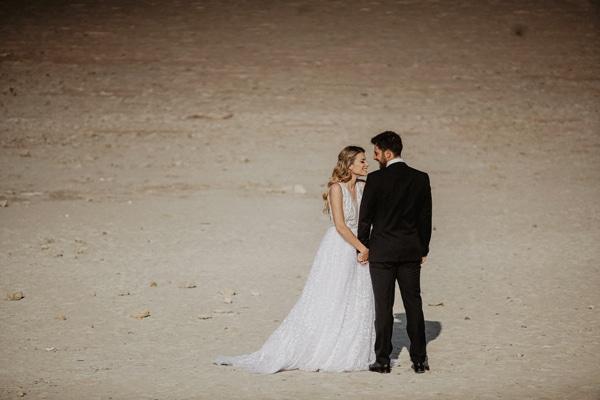 romantic-summer-wedding-larnaca-hydrangeas-dusty-pink-details-_26
