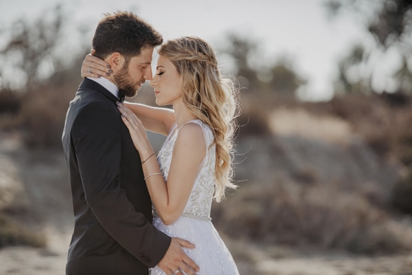 Ρομαντικός καλοκαιρινός γάμος στην Λάρνακα με ορτανσίες και dusty pink λεπτομέρειες │ Νίκη & Γιαννάκης