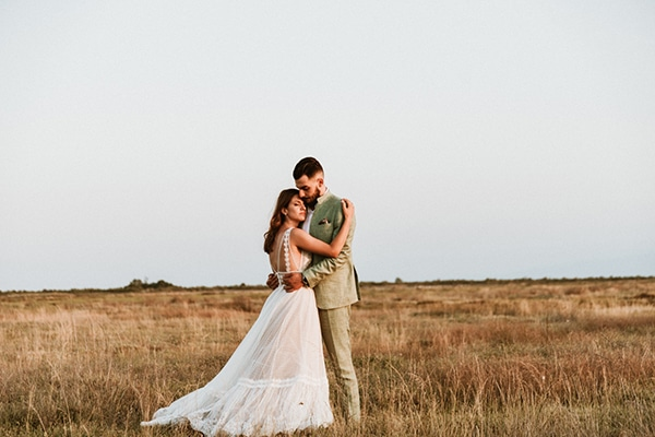 Ρουστικ καλοκαιρινος γαμος στην Θεσσαλονικη με λεβαντα και παιωνιες │ Ιωαννα & Δημος