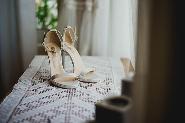 rustic-summer-wedding-thessaloniki-lavender-peonies_05x