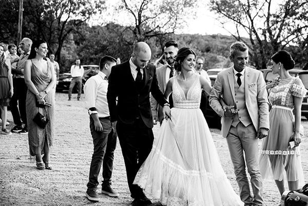 rustic-summer-wedding-thessaloniki-lavender-peonies_26