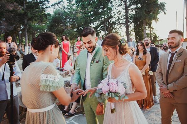 rustic-summer-wedding-thessaloniki-lavender-peonies_30