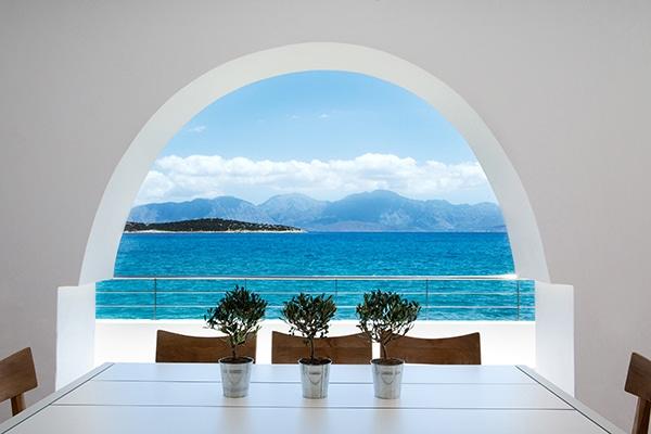 unforgettable-wedding-party-minos-beach-hotel-crete-_08