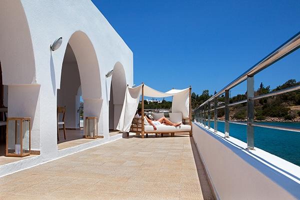 unforgettable-wedding-party-minos-beach-hotel-crete-_11
