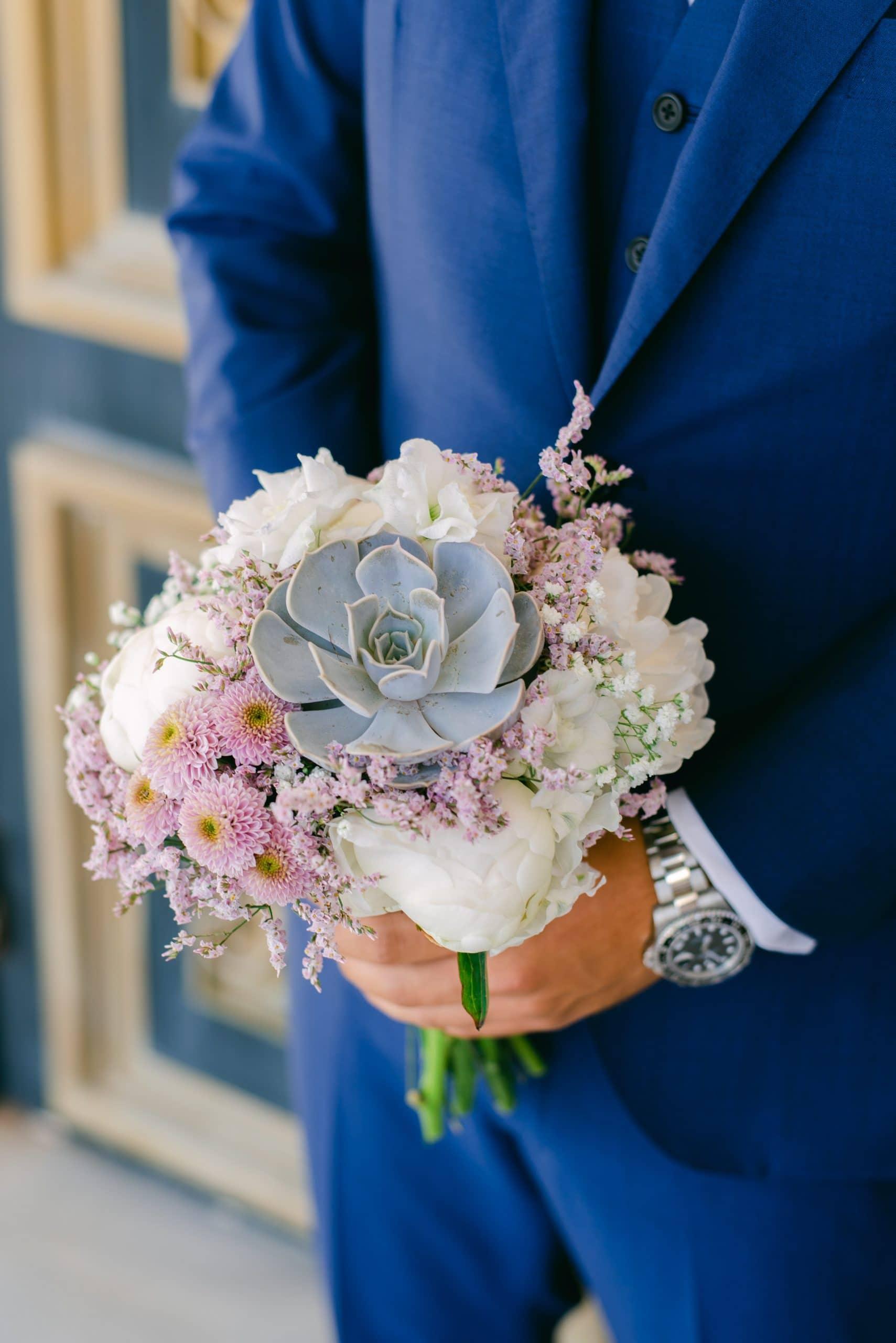 Nυφική ανθοδέσμη με παχύφυτα και άλλα άνθη