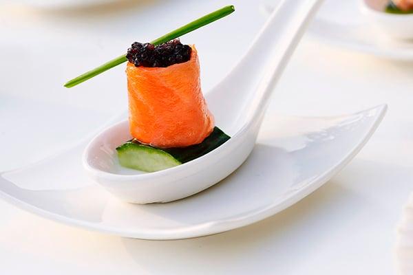 Αυθεντικές γεύσεις από ΟΛΟΝ catering θα ενθουσιάσουν τους καλεσμένους σας!