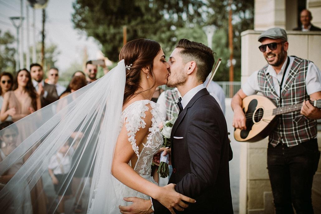Ρομαντικός φθινοπωρινός γάμος στη Λευκωσία με pastel και λευκά τριαντάφυλλα │ Ραφαέλλα & Γιώργος