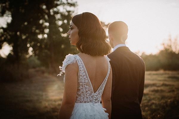 autumn-wedding-nicosia-pastel-white-flowers_02