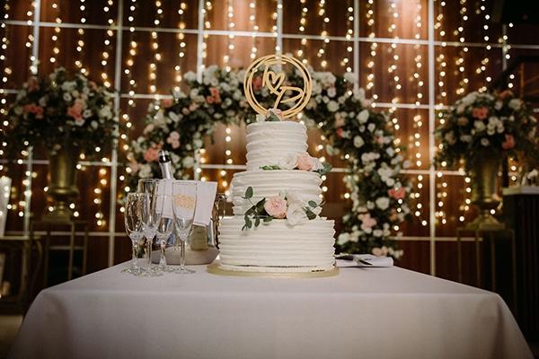 autumn-wedding-nicosia-pastel-white-flowers_23