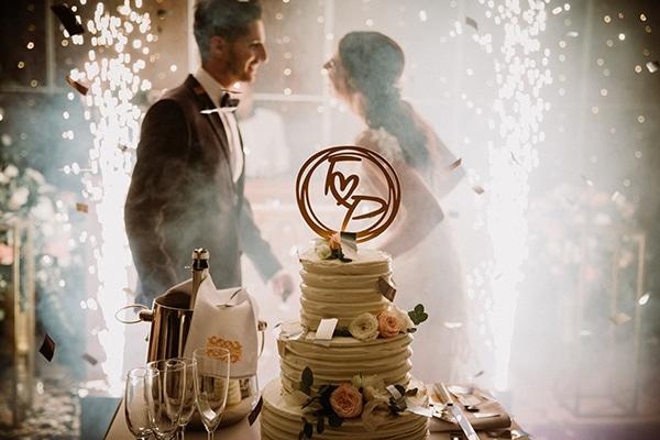 autumn-wedding-nicosia-pastel-white-flowers_24x