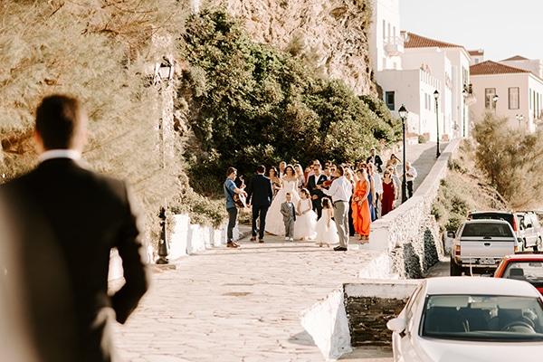 beautiful-greek-island-wedding-andros-fuchsia-peach-details_14x