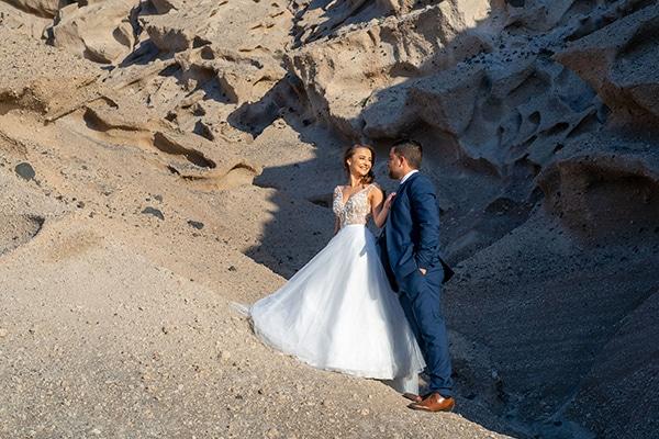 dusty-blue-fall-wedding-santorini_02