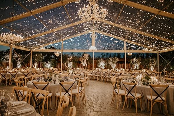 Πρωτοτυπη ιδεα με clear wedding tent για δεξίωση γάμου σε εξωτερικο χωρο