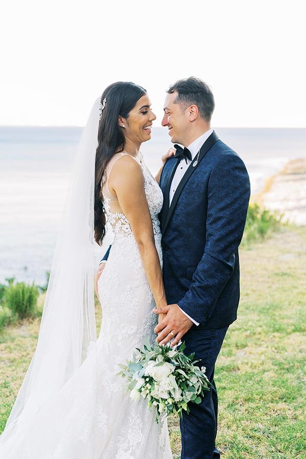 elegant-wedding-kefalonia-pretty-white-flowers_01x