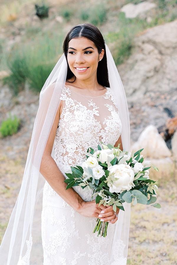 elegant-wedding-kefalonia-pretty-white-flowers_03x