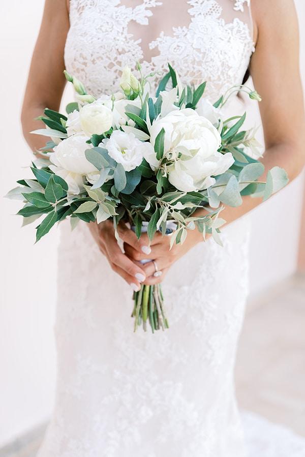 elegant-wedding-kefalonia-pretty-white-flowers_11
