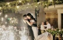 Ρομαντικος στολισμος δεξιωσης γαμου με string lights