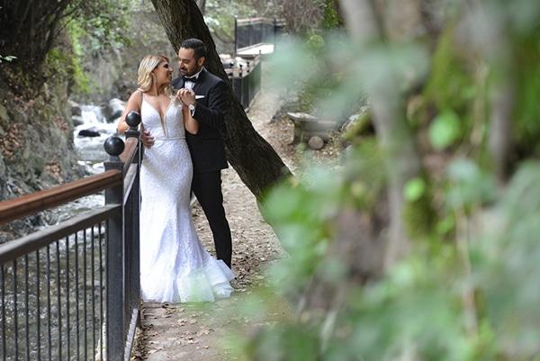fall-wedding-nicosia-pastel-hues-gold-details-_02